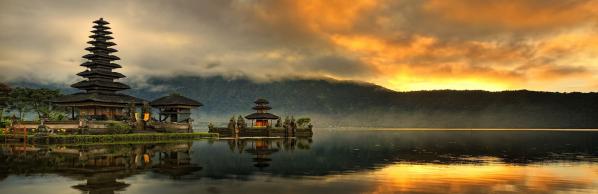 indonesia_pura_ulun_danu_bratan_water_temple