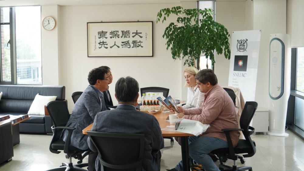[소식] 러시아 이르쿠츠크대 경제 및 언어 국제대학 대표단 아시아연구소 방문